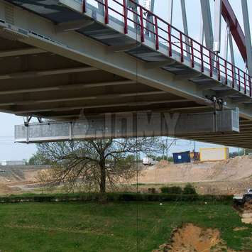 Aluminium hangbrug voor brugonderhoud - Building Maintenance Unit