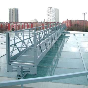 Horizontal mobile workplatform for glass roof - Building Maintenance Unit