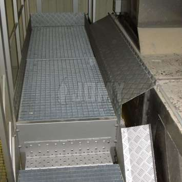 Industrial aluminium plate covers with anti-slip threadplate.