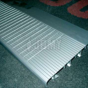Special grading on JOMY aluminum step_0_251_