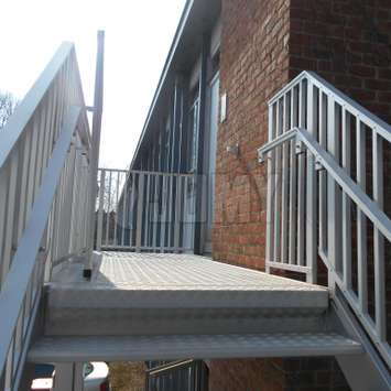 JOMY can make stairs in all kind of forms and they can be suspended or independant. Fire escapes and evacuation stairs are very durable and reliable when made in aluminum by JOMY.