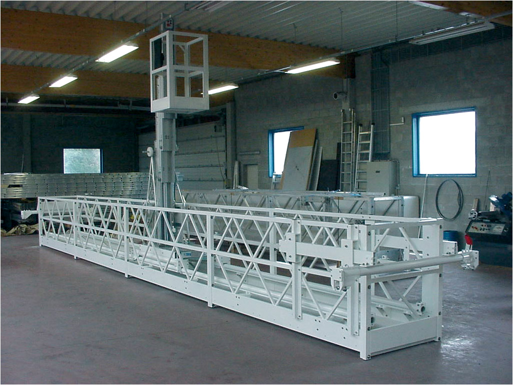 Aluminum work platform with aluminum gantry